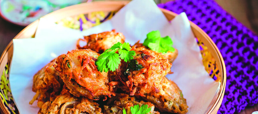 SPICY PAKORA WITH CORIANDER