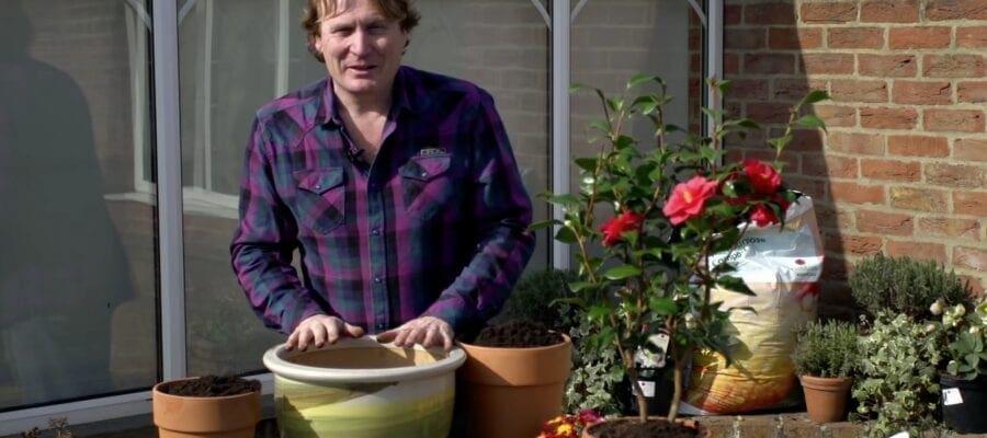 Enjoy the great outdoors with celebrity TV gardener David Domoney