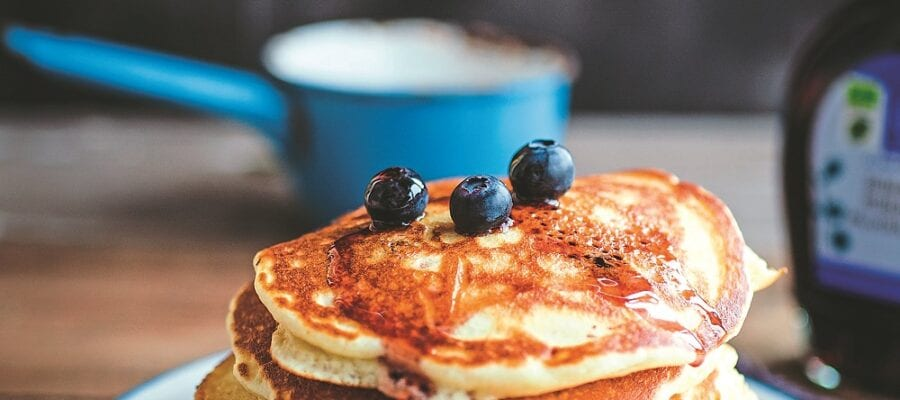 DAIRY-FREE AMERICAN BLUEBERRY PANCAKES
