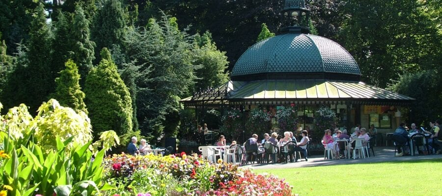 Gardens Guide launched for National Gardening Week - Harrogate